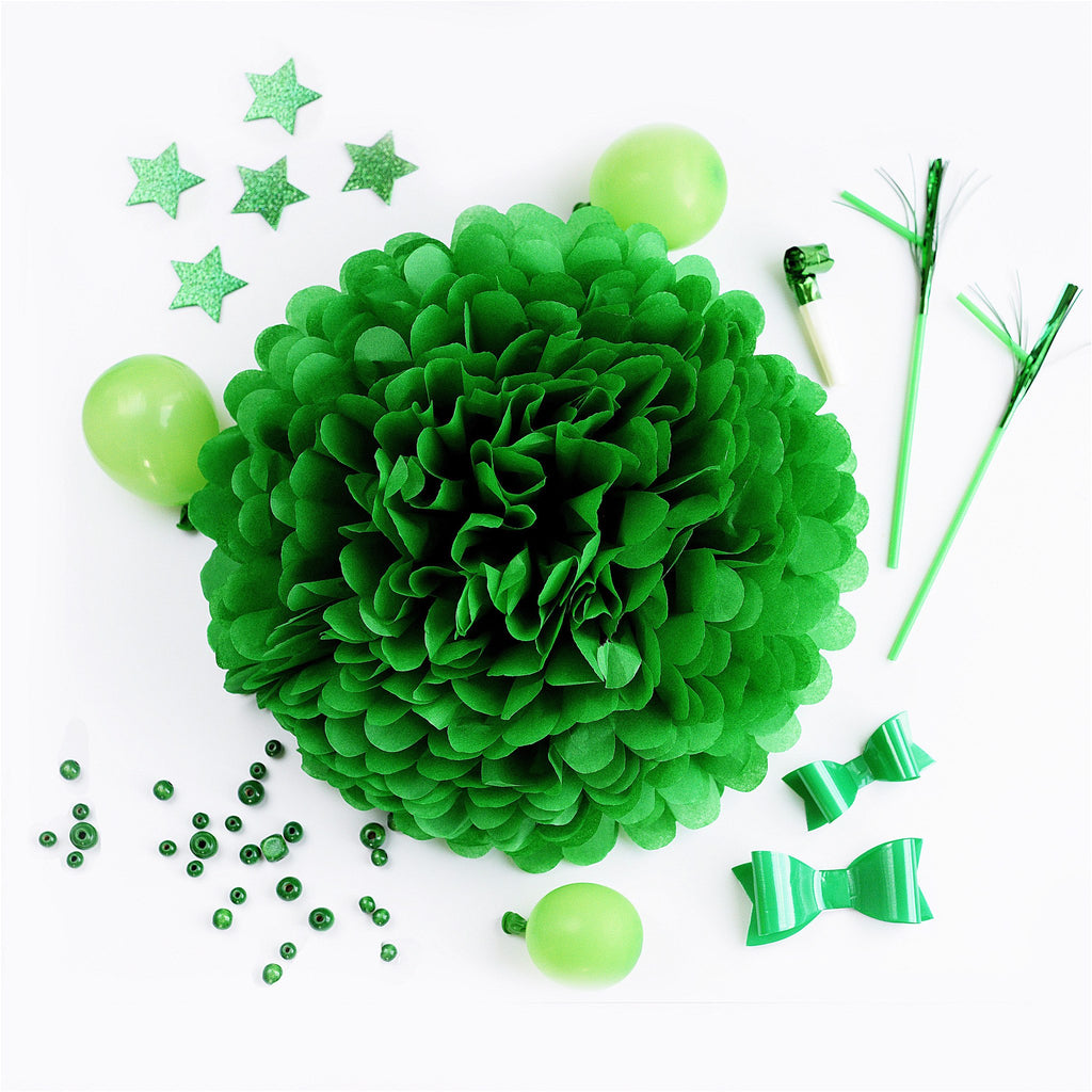 Kelly green tissue paper pom pom - Decopompoms - party decoration boutique