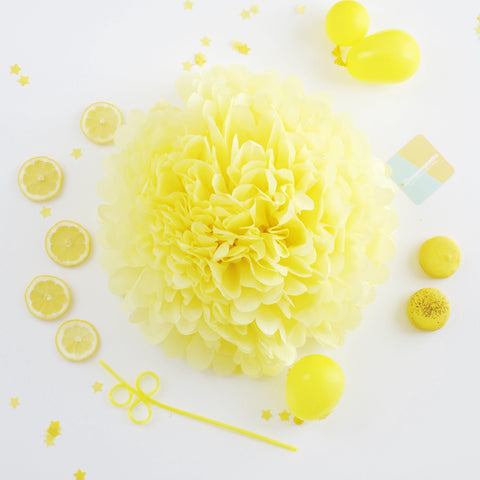 Light yellow tissue paper pom pom - Decopompoms - party decoration boutique