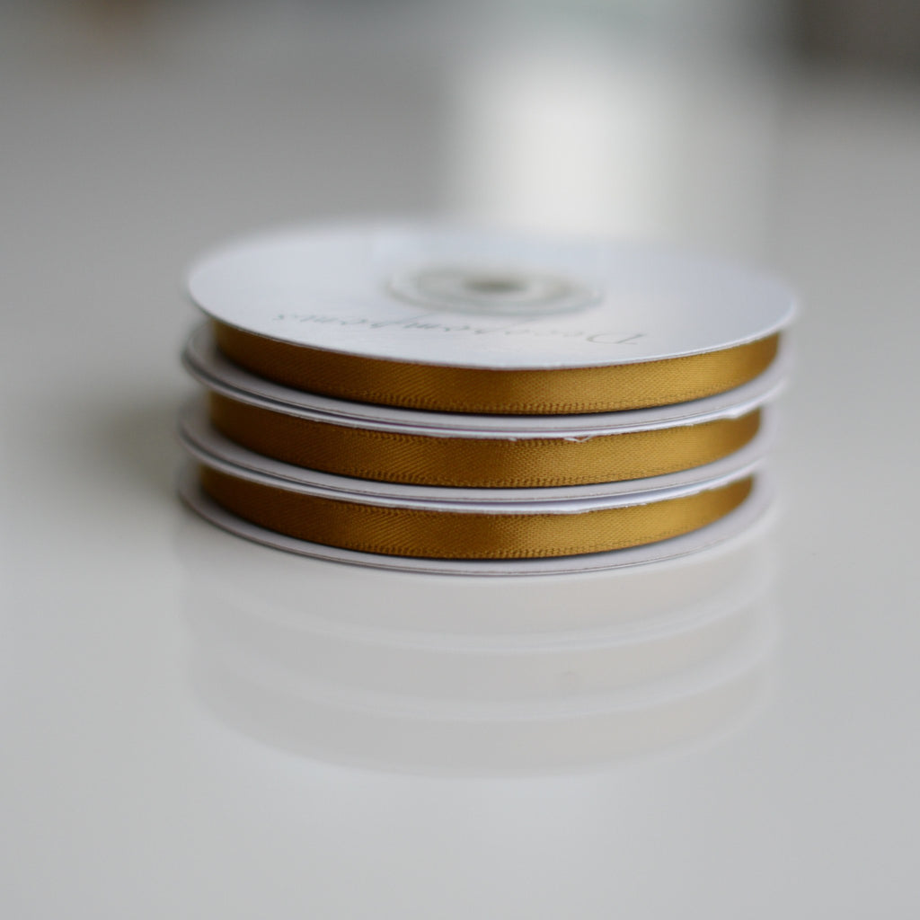 Gold double sided satin ribbon roll - 25m - Decopompoms - party decoration boutique