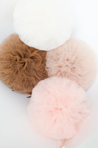 Neutral Tulle Pom Poms set - rustic shabby chic decor - barn wedding decorations  - nursery decor -  baby shower