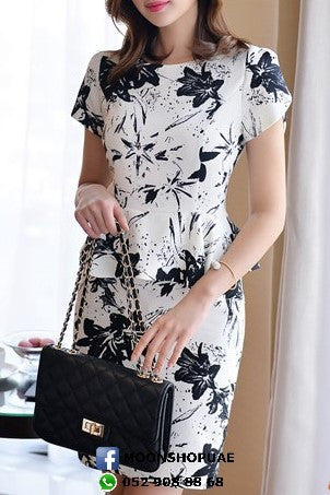 Dress - Black Floral Short Sleeves