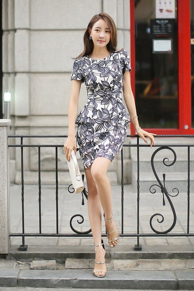 Dress - Black Flowers Short Sleeves