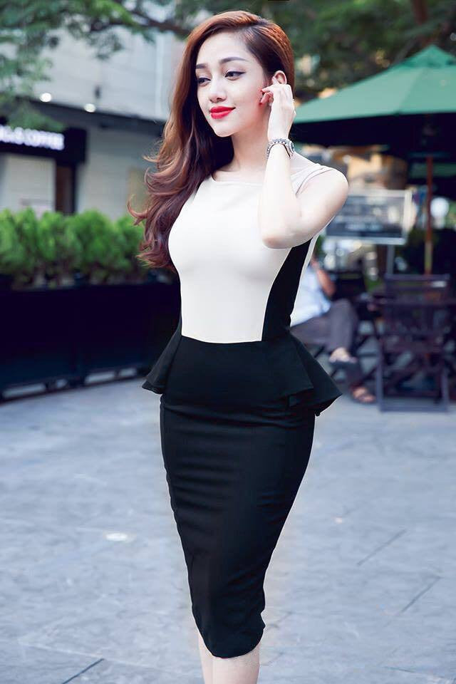 Black White Flounce Dress