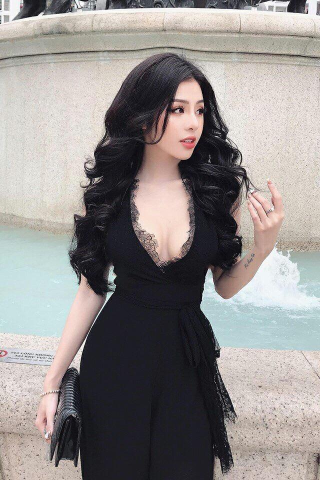 Black Laced Cleavage Jumpsuit