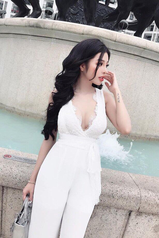 White Laced Cleavage Jumpsuit