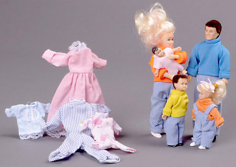 12th scale dollhouse miniature poseable family of 5