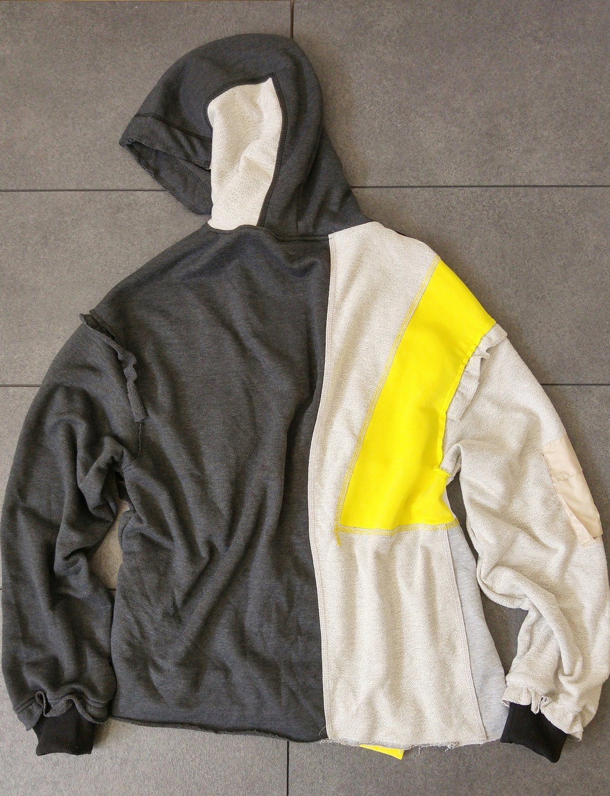 Irregular Cut Long Diagonal Multi Pocket Fleece Hoodie / Streetwear Sweatshirt HipHop Fashion / ACW Inspired Reversed Parts