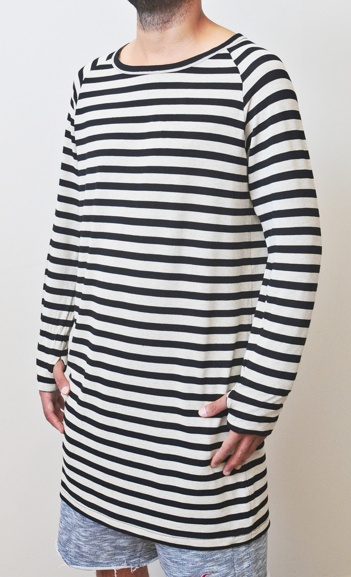 Striped Black/Beige Under Scoop Knit T-shirt - Extended Overlong Long Sleeve - -  Drop Shoulder Centre back seam