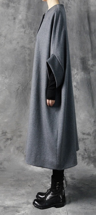 Avangarde Women Coat / Oversized Overlong Wool Long Sleeve Minimalist Style