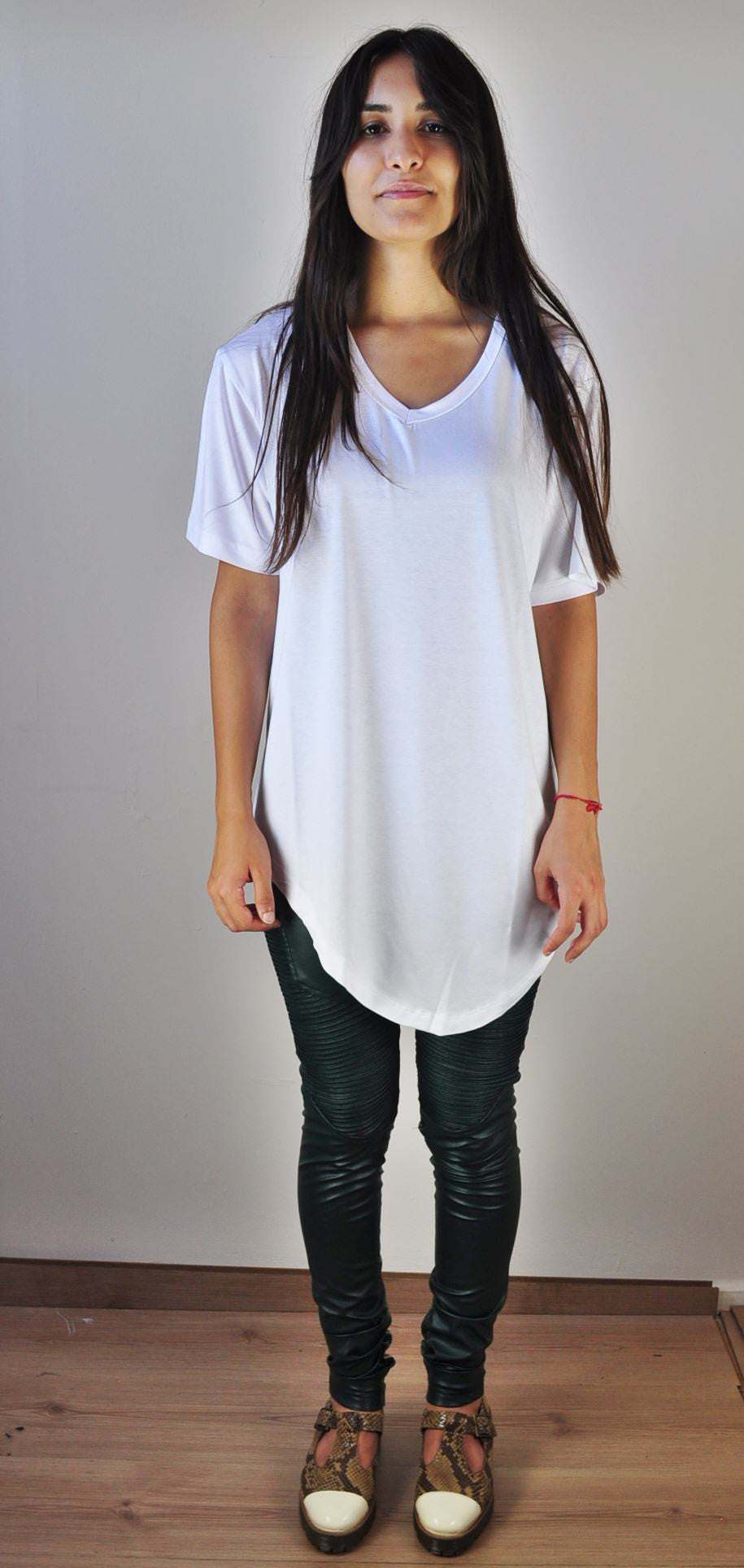 V-Neck Asymmetric-Hem T-Shirt Viscose Elasten Women -