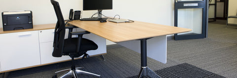 Workstations & Tables
