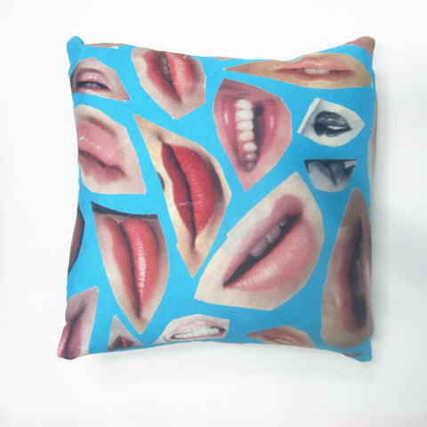 Lips Cushion