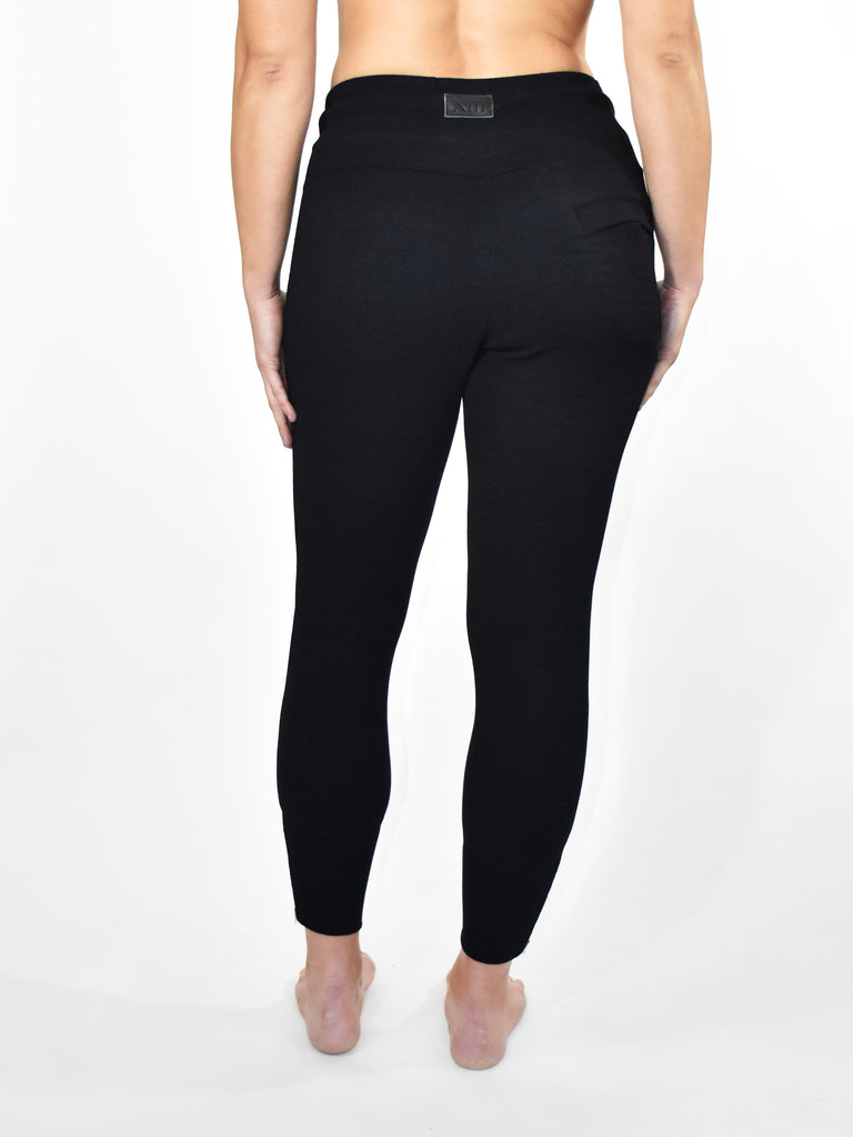 BLACK CONTOUR CROP LADIES JOGGER