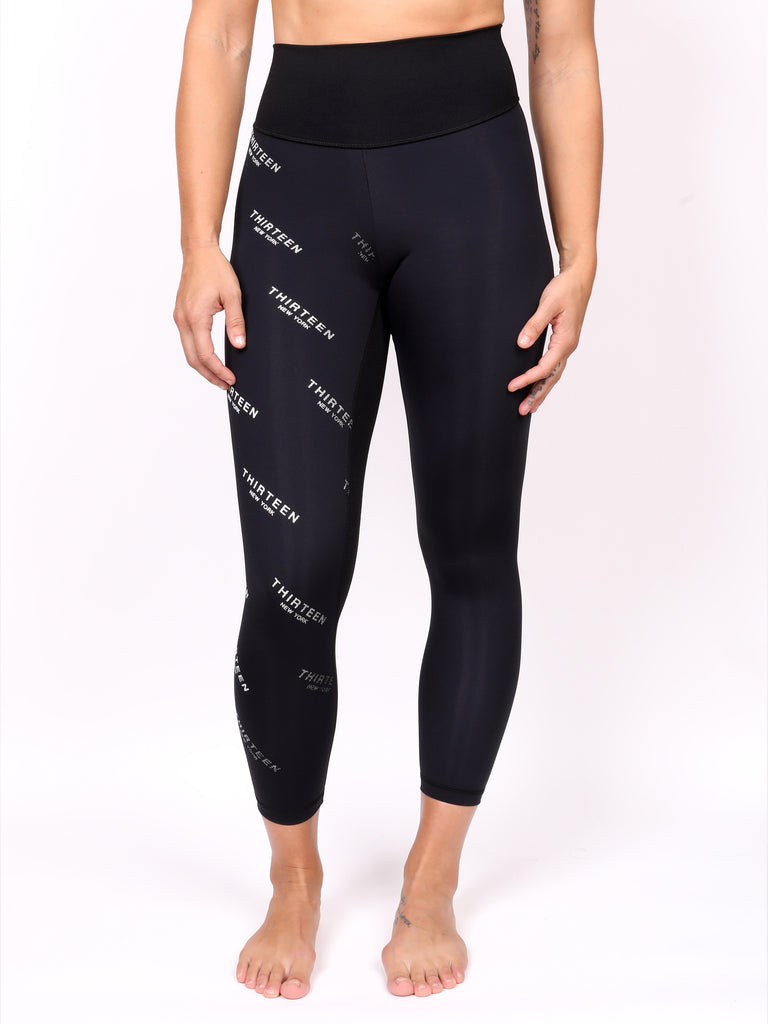 13NY LADIES LEGGING, WHITE on BLACK