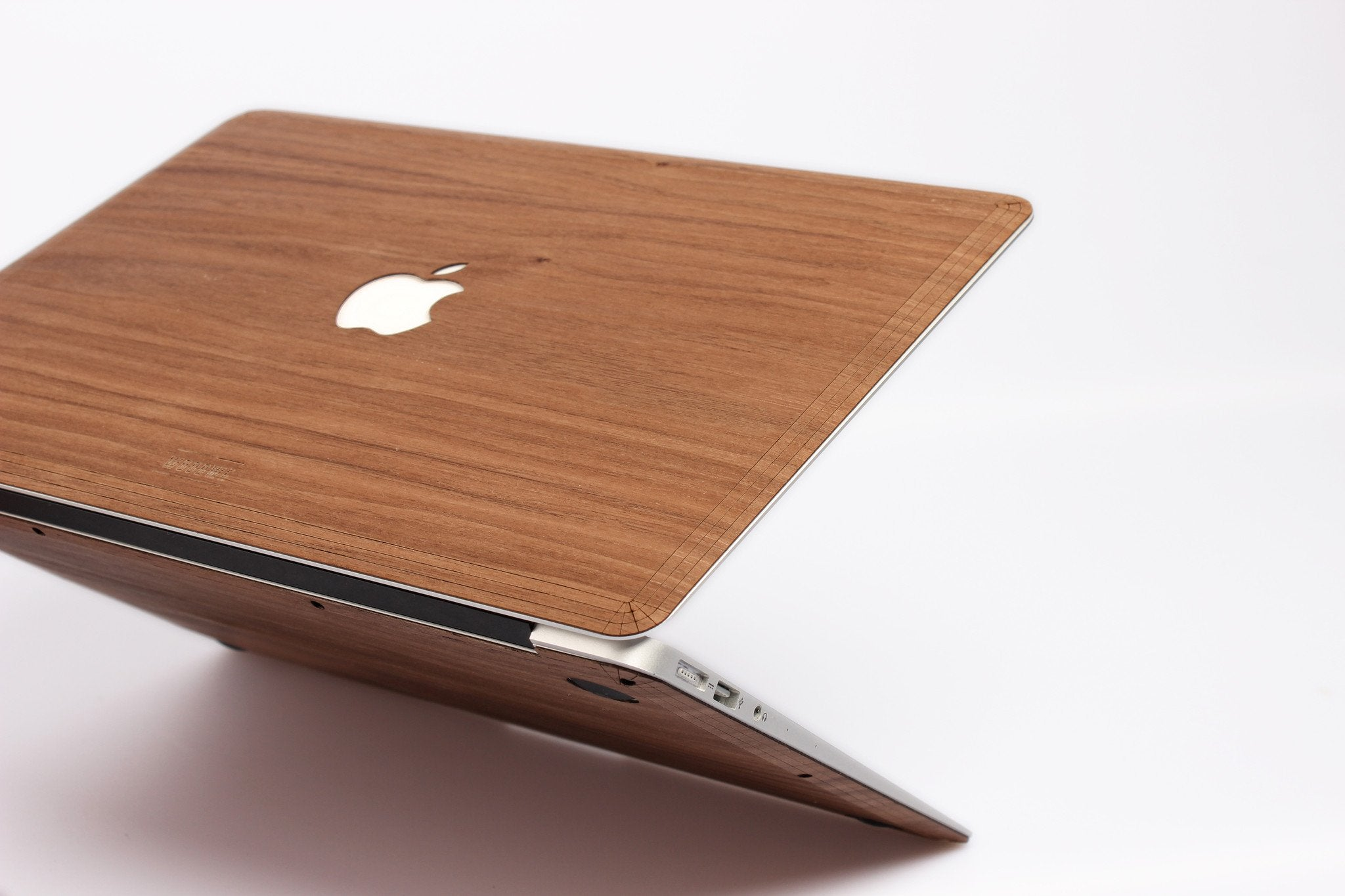 best service 7d342 bb0c4 Wood Case for Macbook Pro Touch Bar (Late 2016 - Mid 2017) – WoodWe