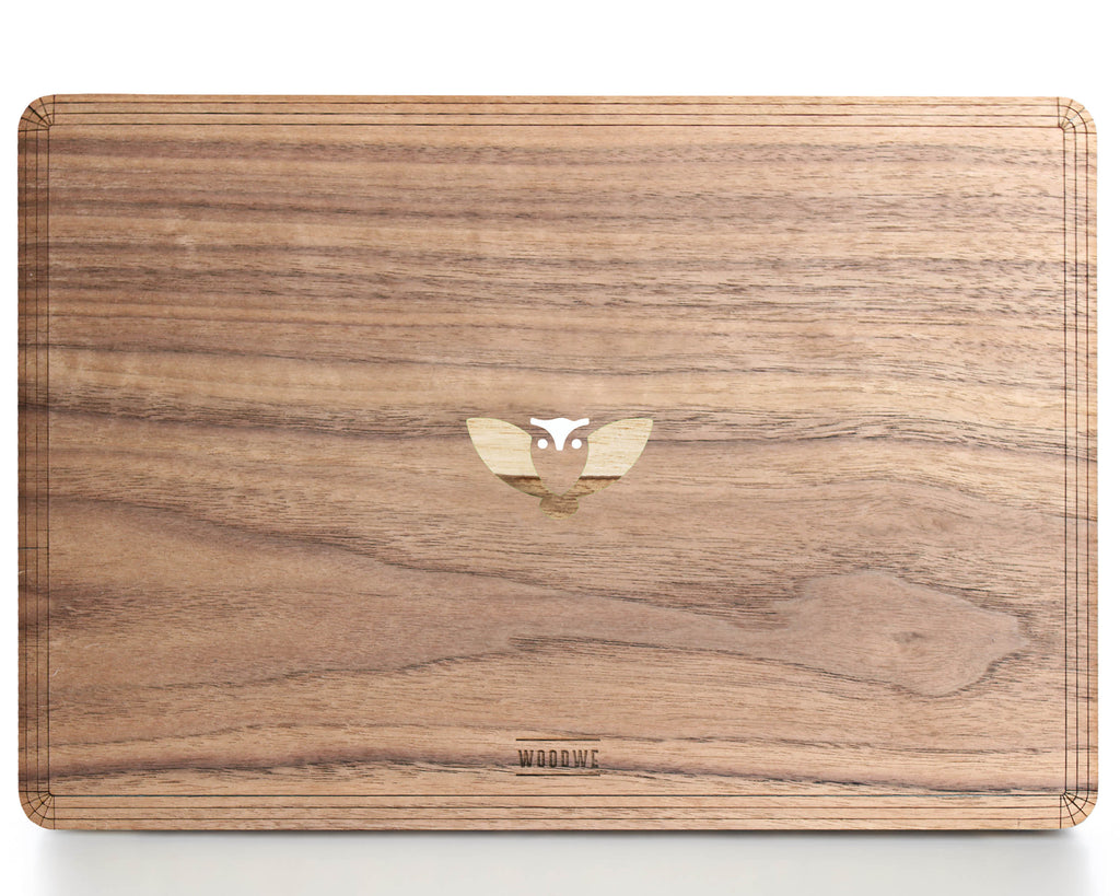 Flying Owl - Character - Macbook Wood Cover