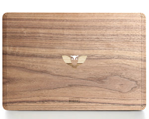 Flying Owl - Character - Macbook Wood Cover - Walnut
