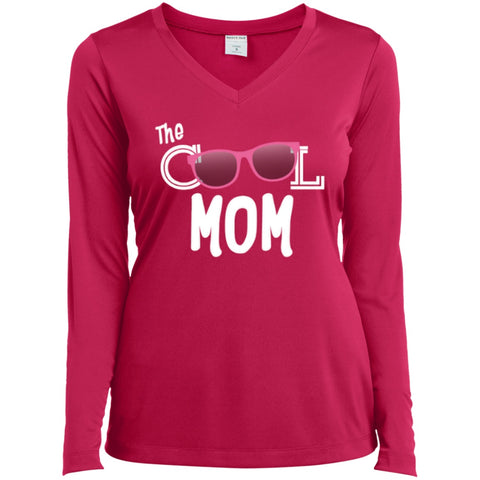 T-Shirts - Cool Mom Long Sleeve Performance Vneck Tee