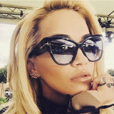 2017 New Tom Fashion Brand Designer Cat Eye Women Sunglasses Female Gradient Points Sun Glasses Big Oculos feminino de sol