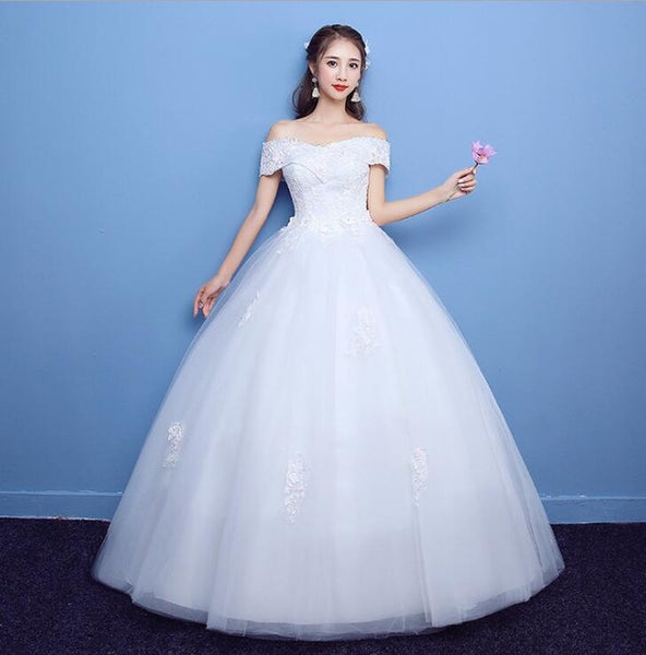 2018 New Arrival Mrs Win Applicue Wedding Dress Lace Boat Neck Sweep Brush Train Bridal Gown lace Up Cap Sleeve Frock Dress