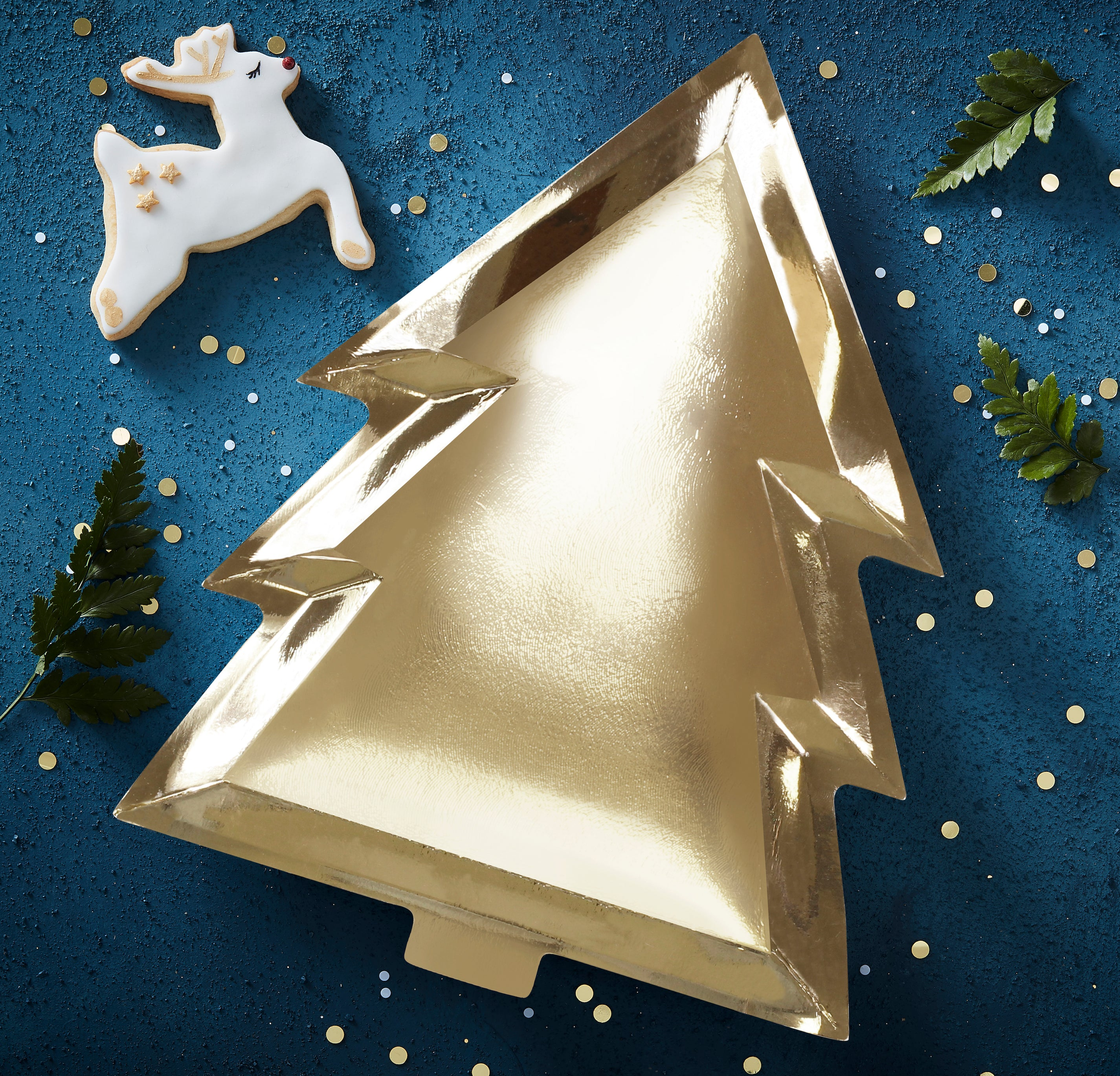 Christmas Tree Clearance.Clearance Gold Foiled Paper Christmas Tree Plate 6 Pack