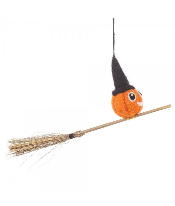 NEW IN! Felt Flying Pumpkin