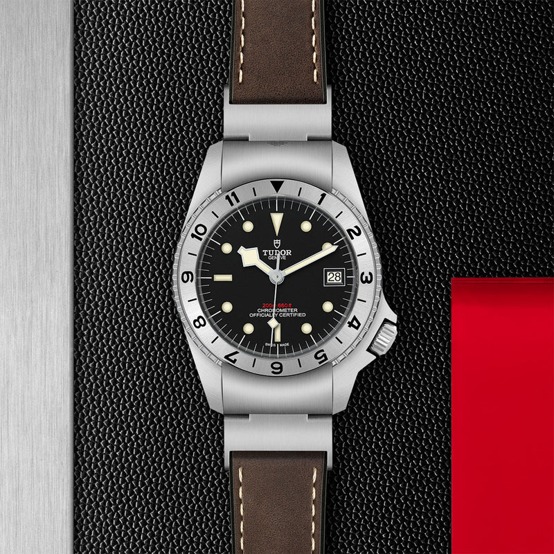 Tudor - Men's Black Bay P01 Watch M70150-0001