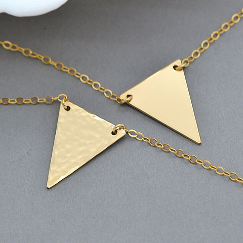 Personalized Triangle necklace, Hammered Necklace, Geometric Jewelry - MalizBIJOUX