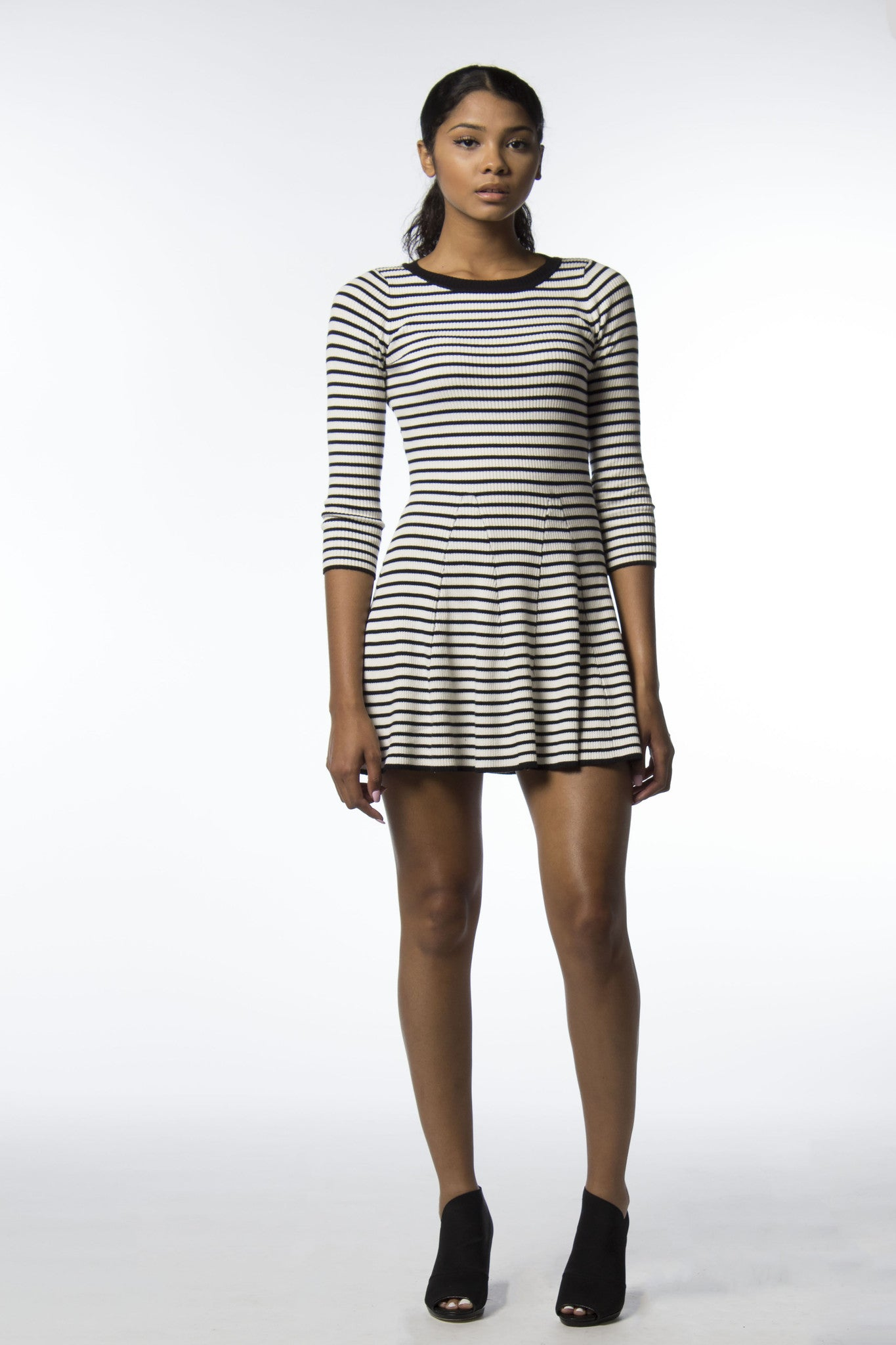 striped long sleeve black and white dress