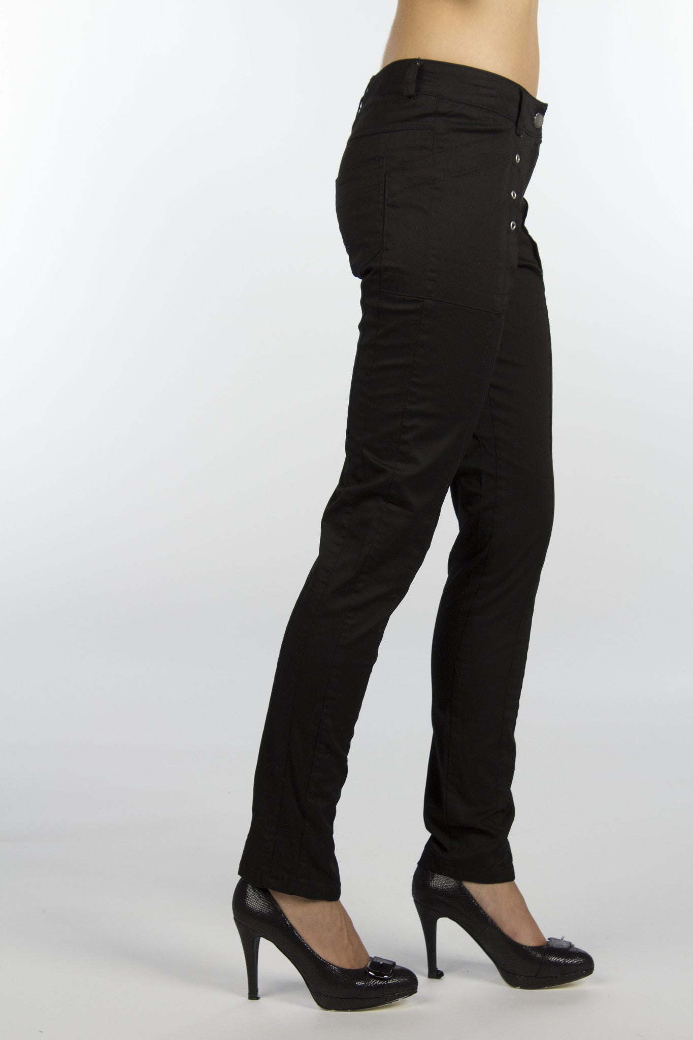 black cotton pants with silver grommets