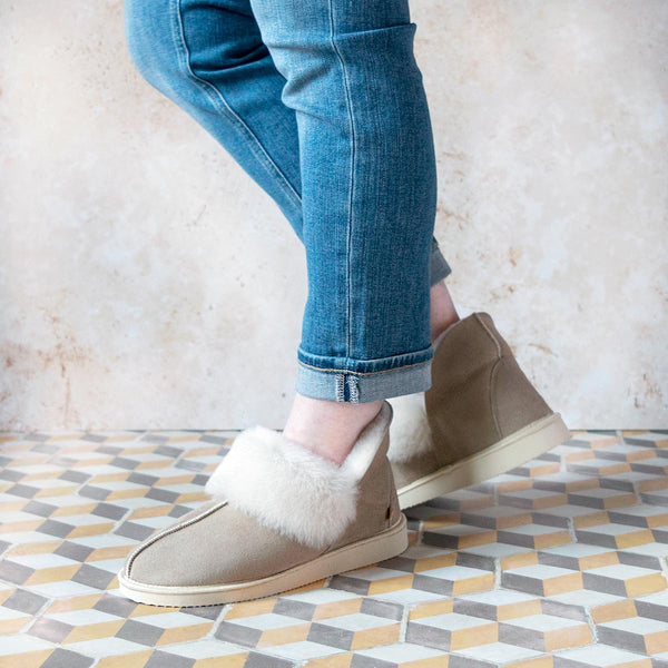 NEW Gael Sheepskin Slippers - Oat
