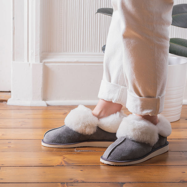 Gael Sheepskin Slippers - Grey