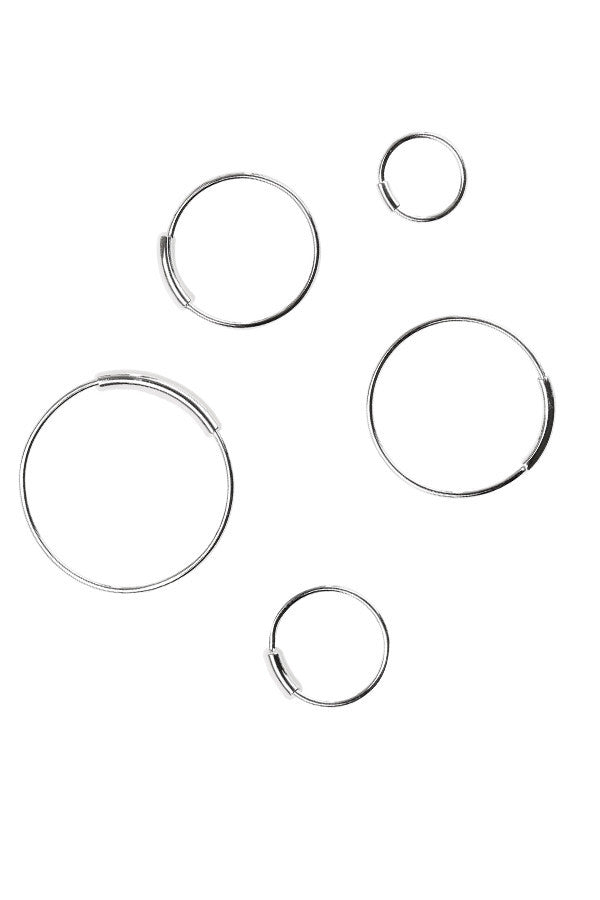 BASIC HOOP EARRINGS - SILVER