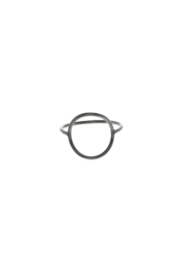 MONOCLE RING LARGE CIRCLE - BLACK
