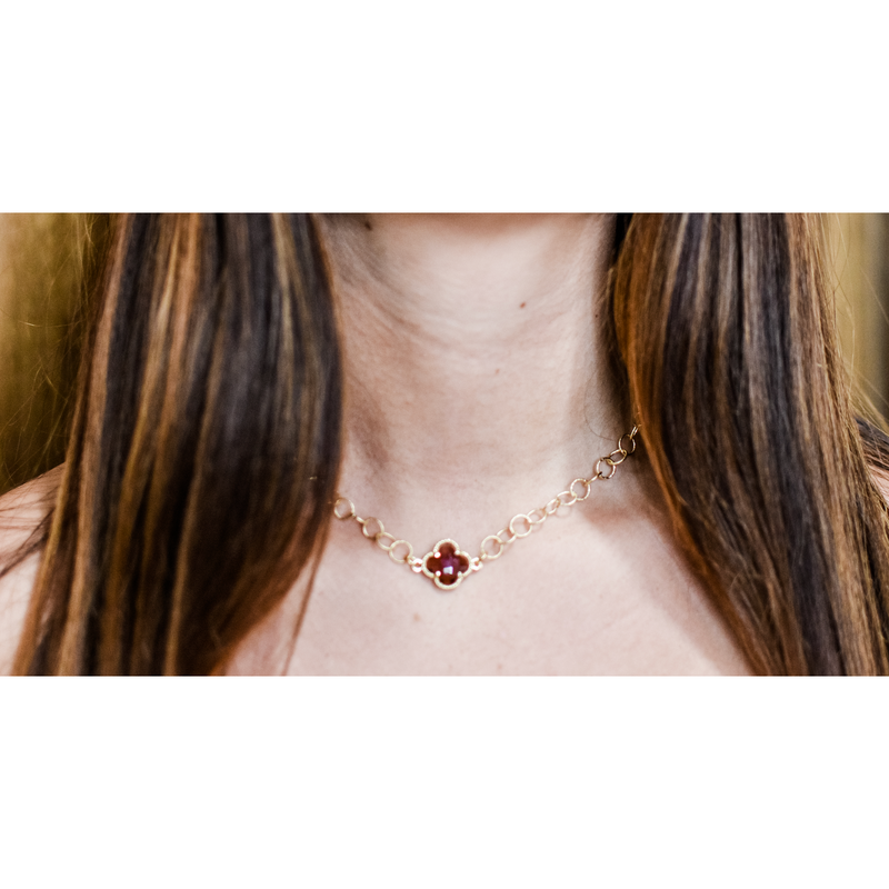 Rosy Clover Necklace
