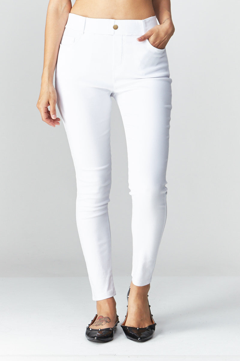 LARA: Solid Style Jeggings in White - Good Row Clothing  - 1