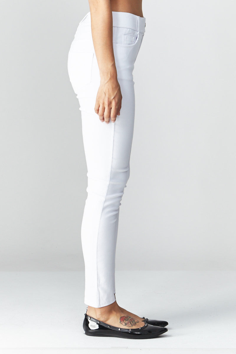 LARA: Solid Style Jeggings in White - Good Row Clothing  - 2