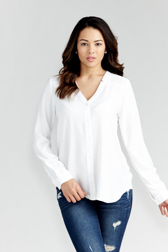 DAZZ: Modern Artist V-Neck Blouse in White - Good Row Clothing  - 4