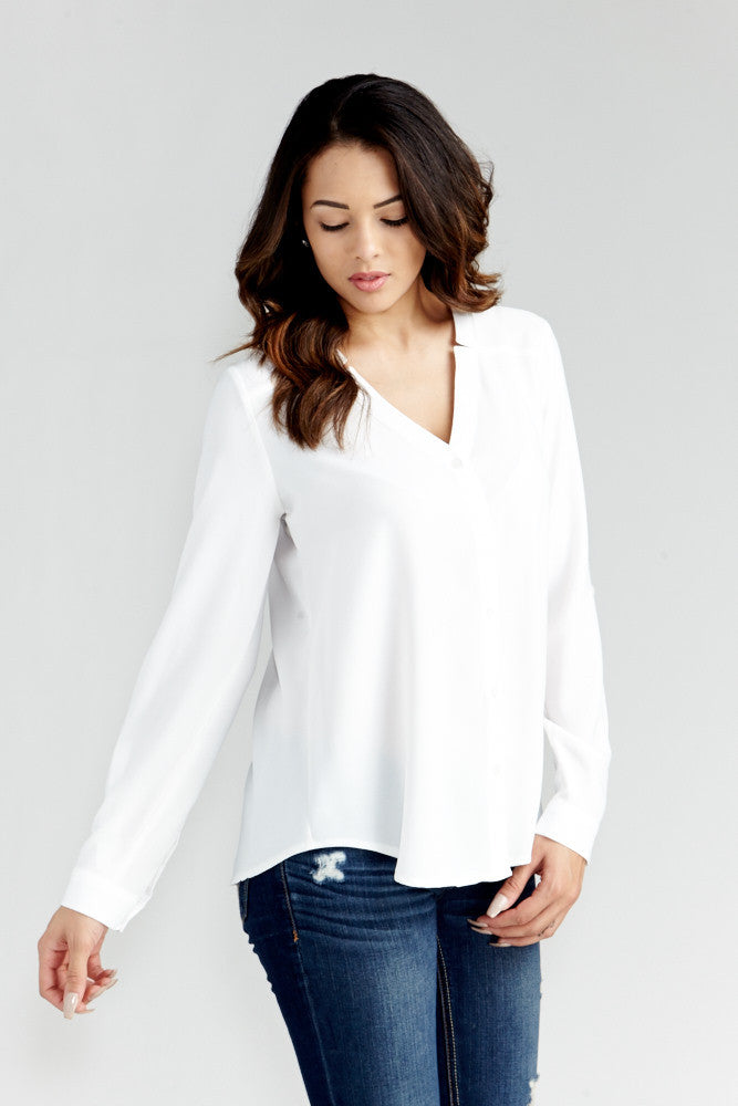 DAZZ: Modern Artist V-Neck Blouse in White - Good Row Clothing  - 6