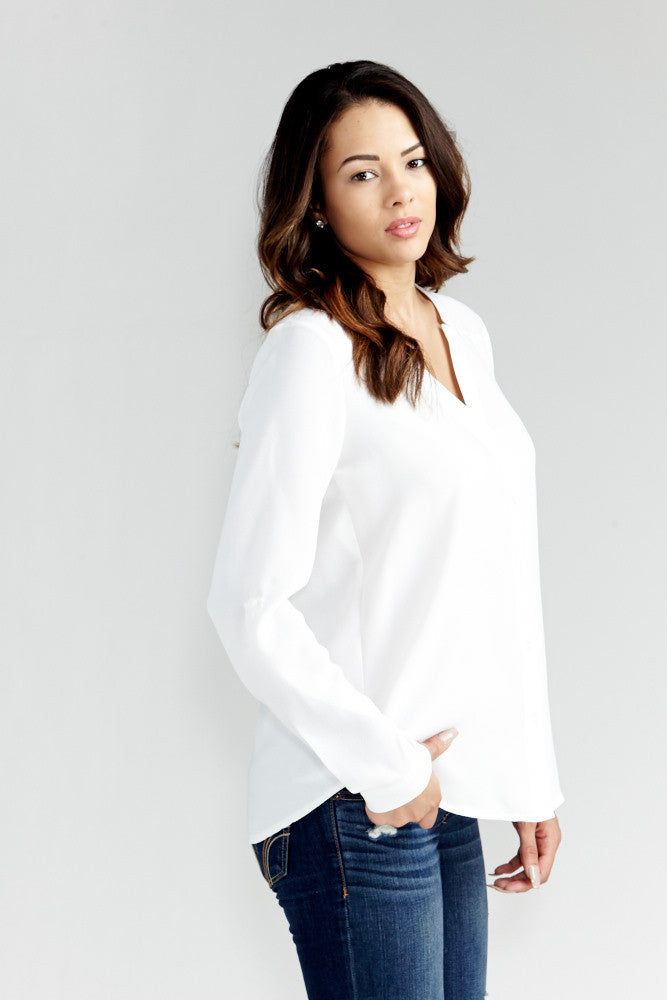 DAZZ: Modern Artist V-Neck Blouse in White - Good Row Clothing  - 7