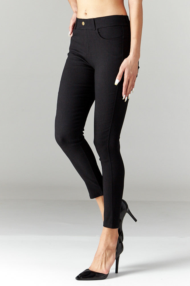 LARA: Solid Style Jeggings in Black - Good Row Clothing  - 3
