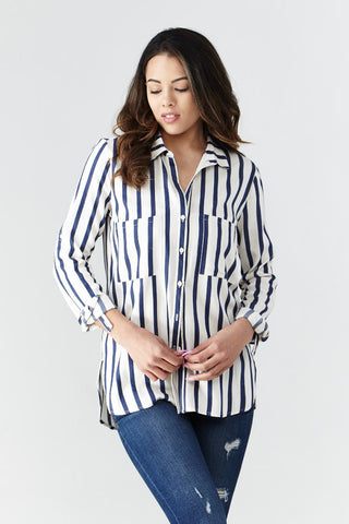 miss love: Between the Lines Shirt in Navy - Good Row Clothing  - 1