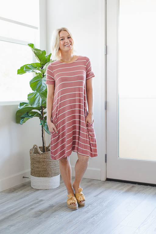 Just Chillin Tunic Dress in Mauve