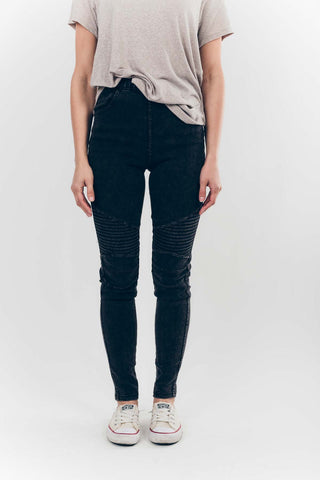 Hello Moto Jeggings in Washed Black