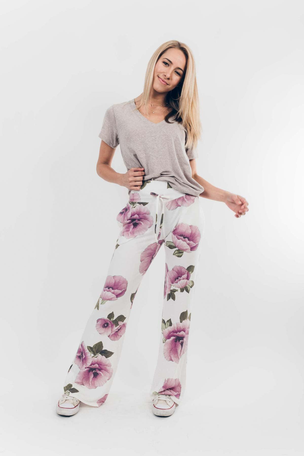 Get Loungy Floral Pants in White