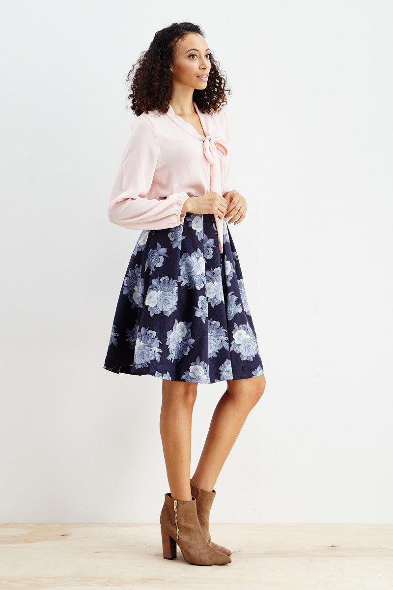 Le Lis: Ebb & Flow Floral Pleated Skirt in Blue - Good Row Clothing  - 5