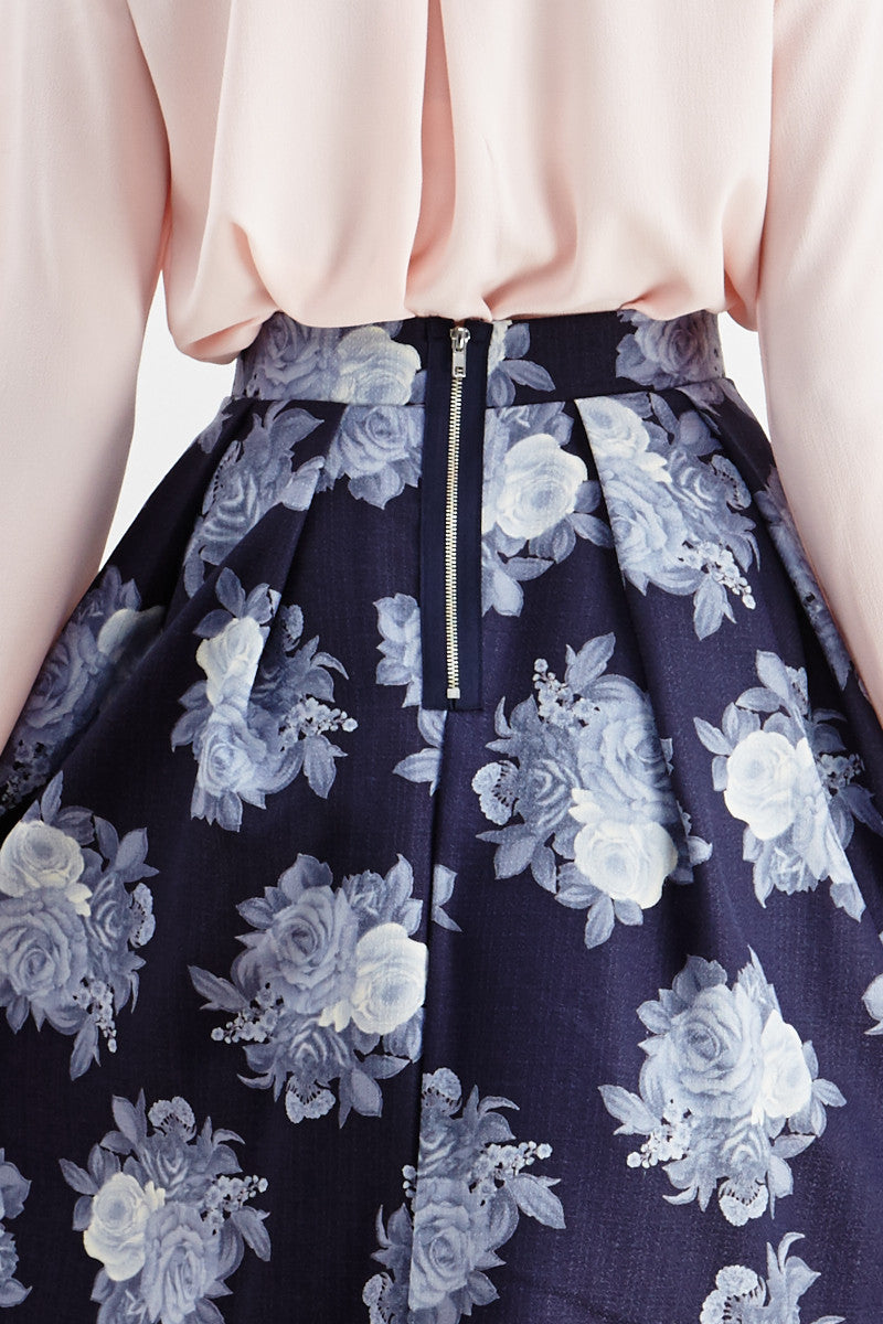 Le Lis: Ebb & Flow Floral Pleated Skirt in Blue - Good Row Clothing  - 4