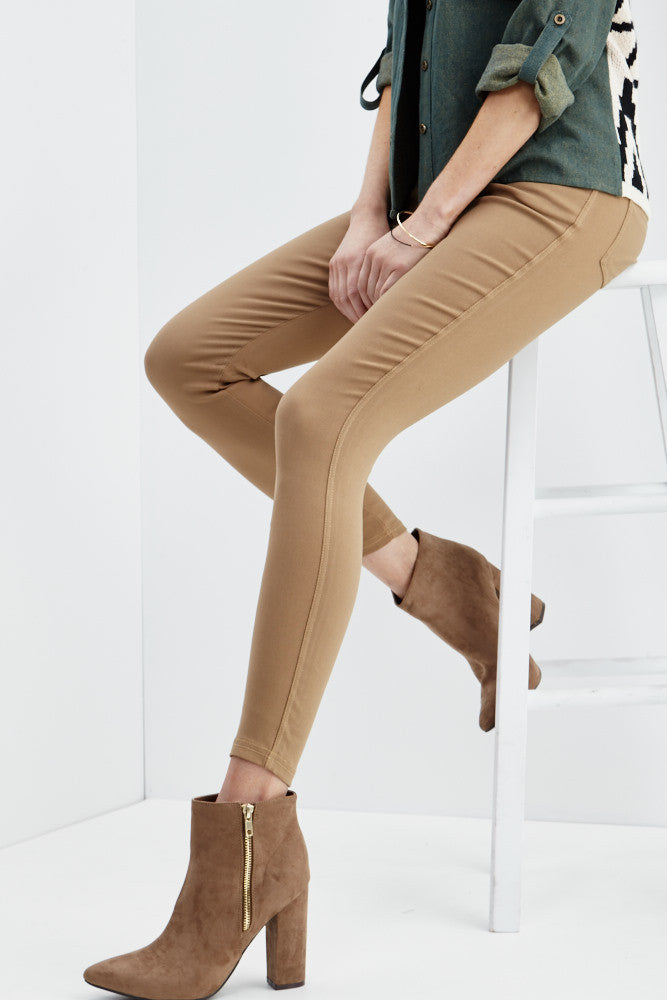 LARA: Solid Style Jeggings in Khaki - Good Row Clothing  - 1