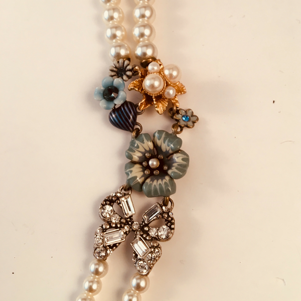 Reminiscence glass pearl necklace with floral and equine accents