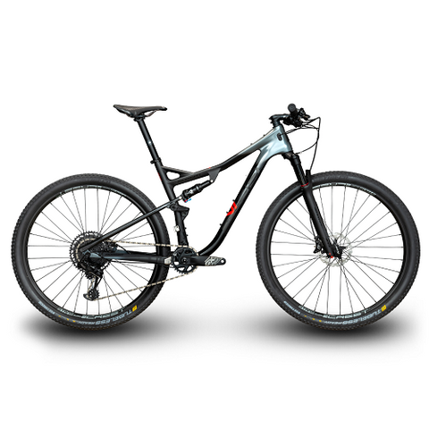 MOMSEN Vipa Race Two (2019)